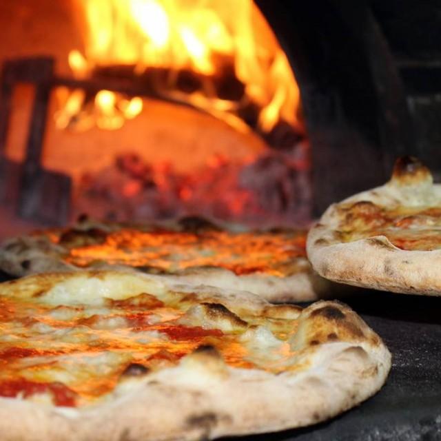 Connaître la règlementation d'ouverture d'une pizzeria avec débit de boissons